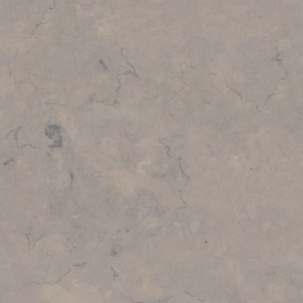 La pierre NAZ est un calcaire de couleur bleutée avec grain fin et de fond uniforme. Elle présente quelques occasionnelles zones plus claires et plus foncées mais ele reste d'une grande uniformité generale.