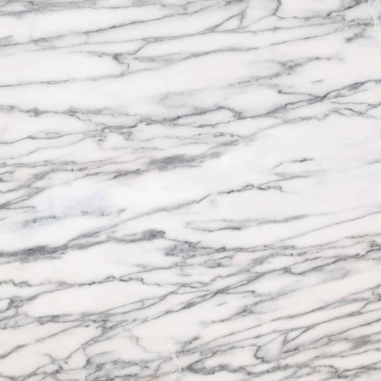 O NET Z Pele de Tigre é um mármore de cor branca e azul