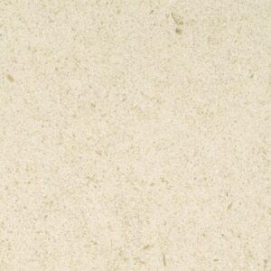 A pedra NFT M é um calcário de cor bege, com um aspecto compacto. É um calcário de alguma dureza, de grão médio e com alguns pontos escuros. Apresenta pequenos fósseis dispersos.